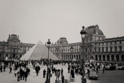 Louvre vintage