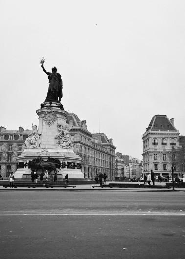 Place de la Republique bw